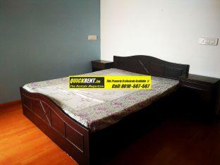Furnished Apartment in Raheja Atlantis 09