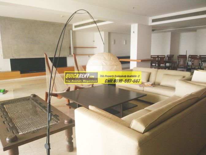 Fully Furnished Apartment in DLF Aralias