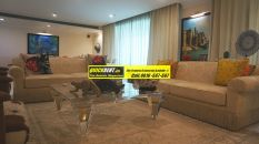 Furnished Apartment in DLF Magnolias 25