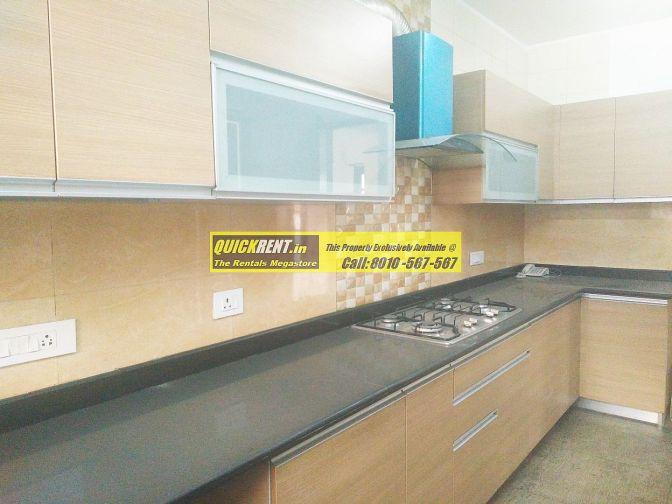 500 Yards Villa for Rent in Tatvam